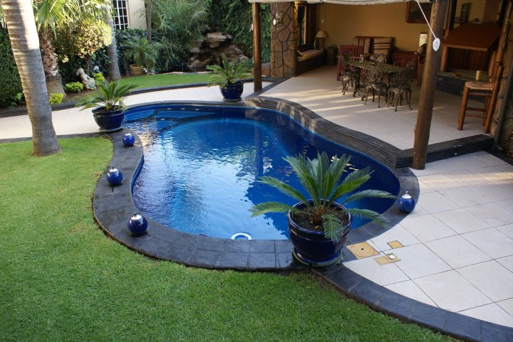 fibreglass-swimming-pools