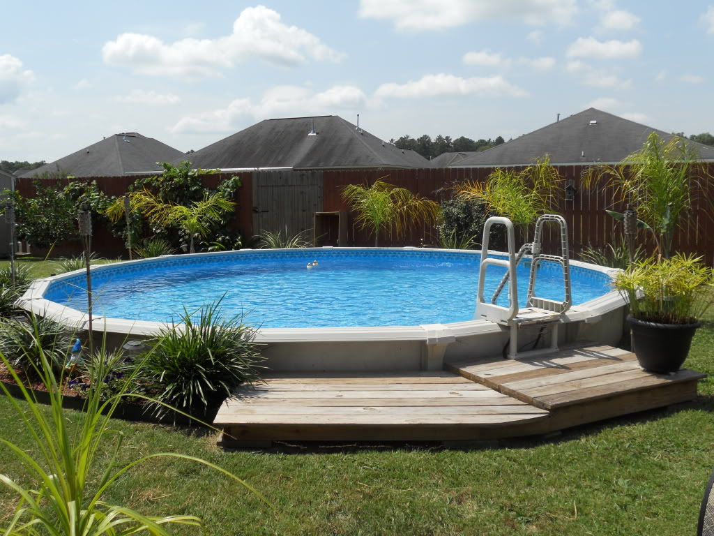 landscaping above ground pool ideas