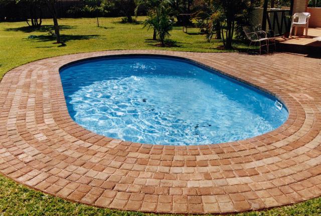 oval-pools