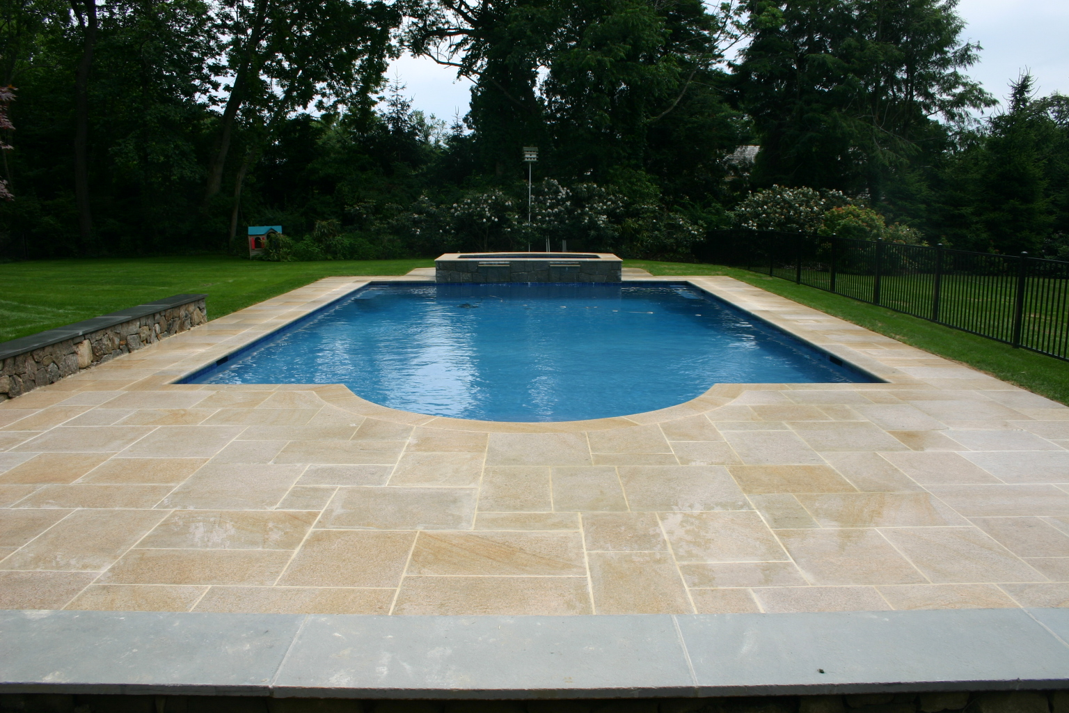 Construction swimming pools photos for Pool installation cost