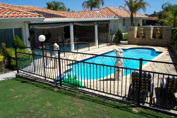 safety-pool-fencing
