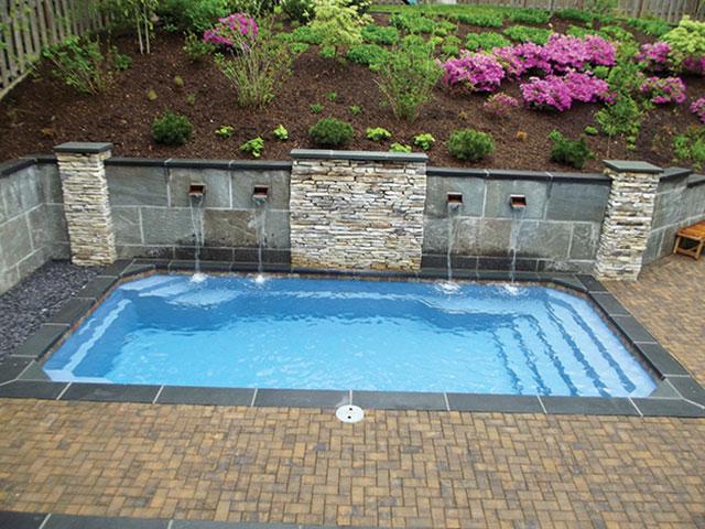 small-fiberglass-pools