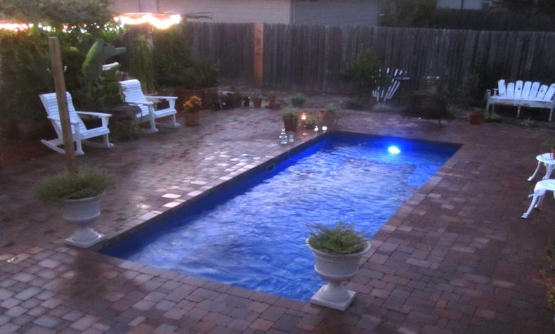 Small inground pools cost swimming pools photos for Average cost of swimming pool inground