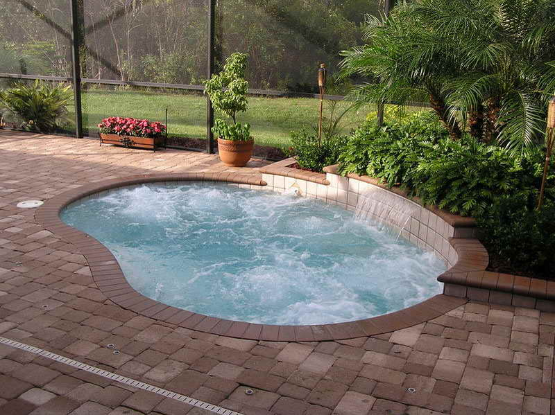 small-swimming-pool-designs