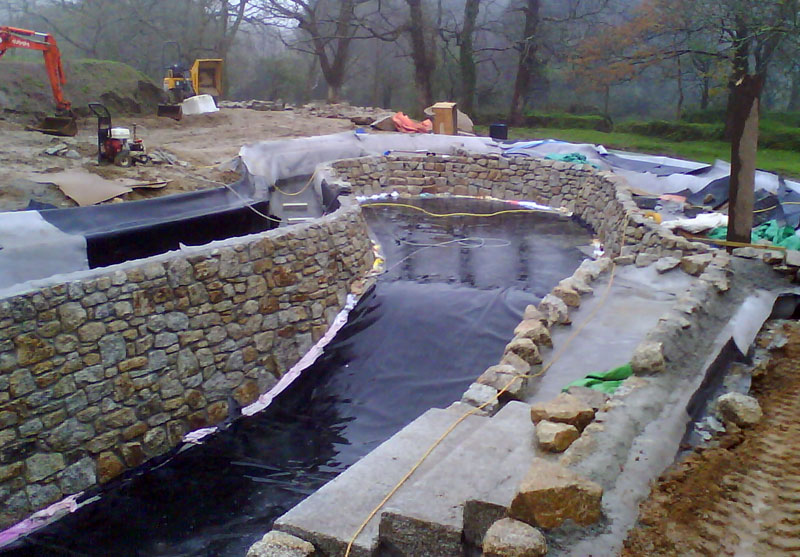 Swimming pool construction costs swimming pools photos for In ground pool contractors