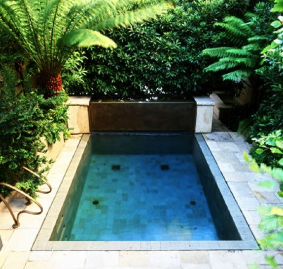 swimming-pools-designs-for-small-spaces