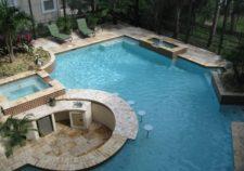 average outdoor pool