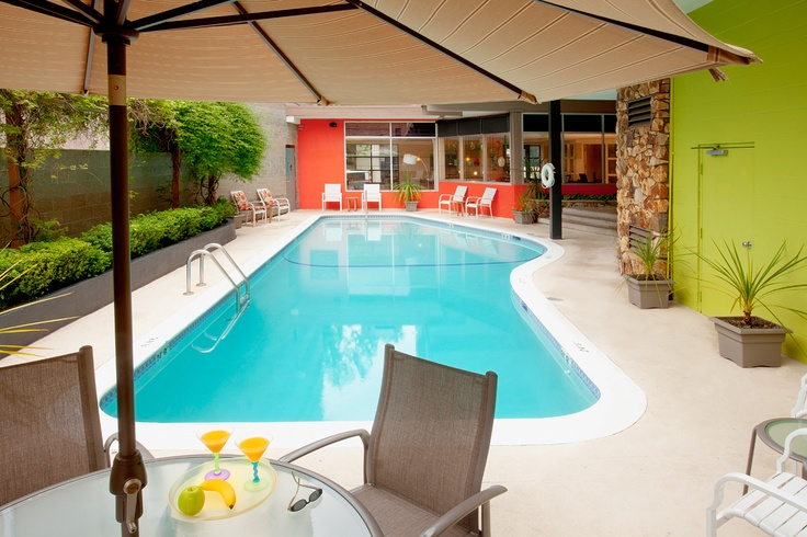 outdoor swimming pool seattle