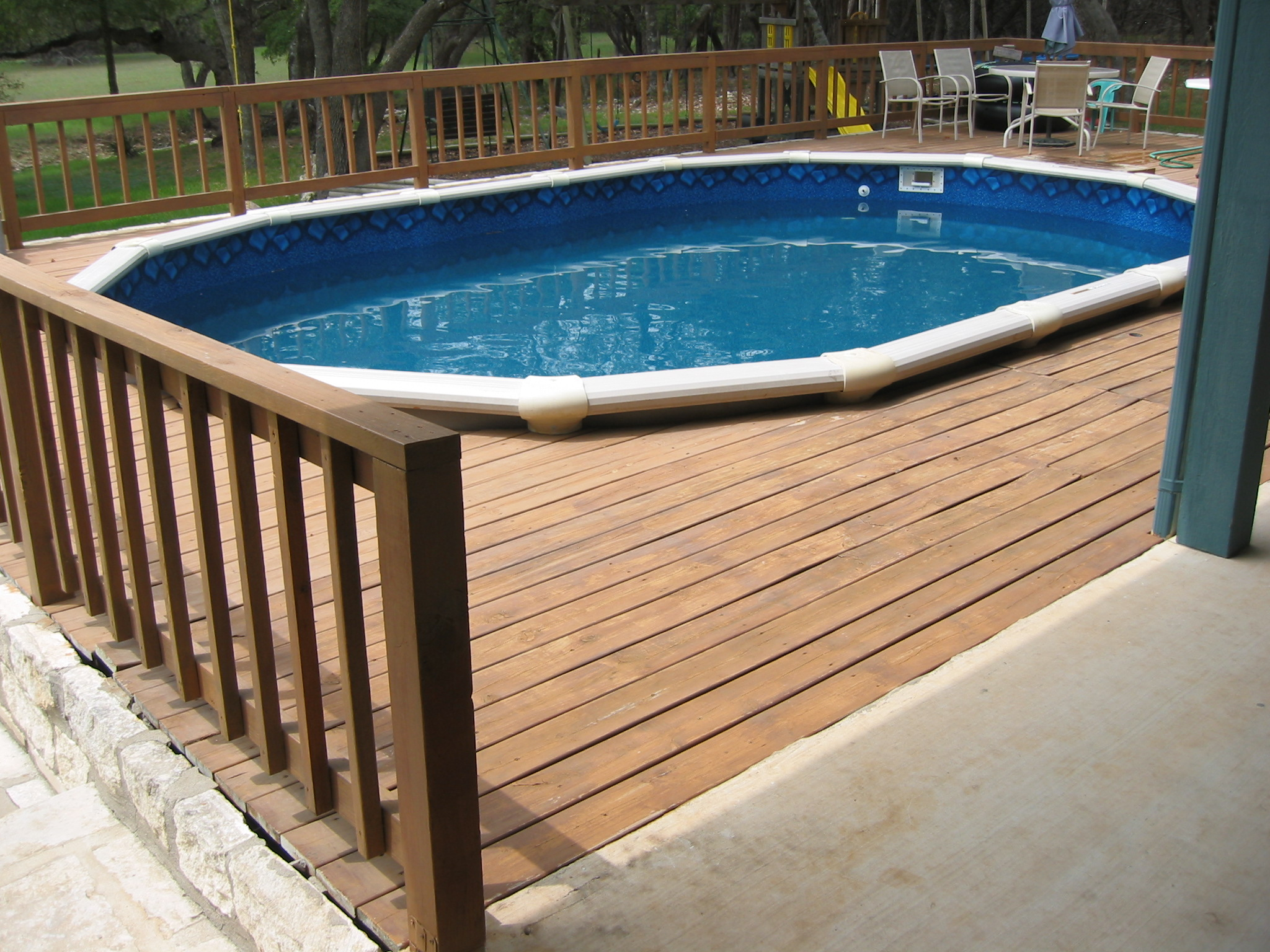 small pools with decks