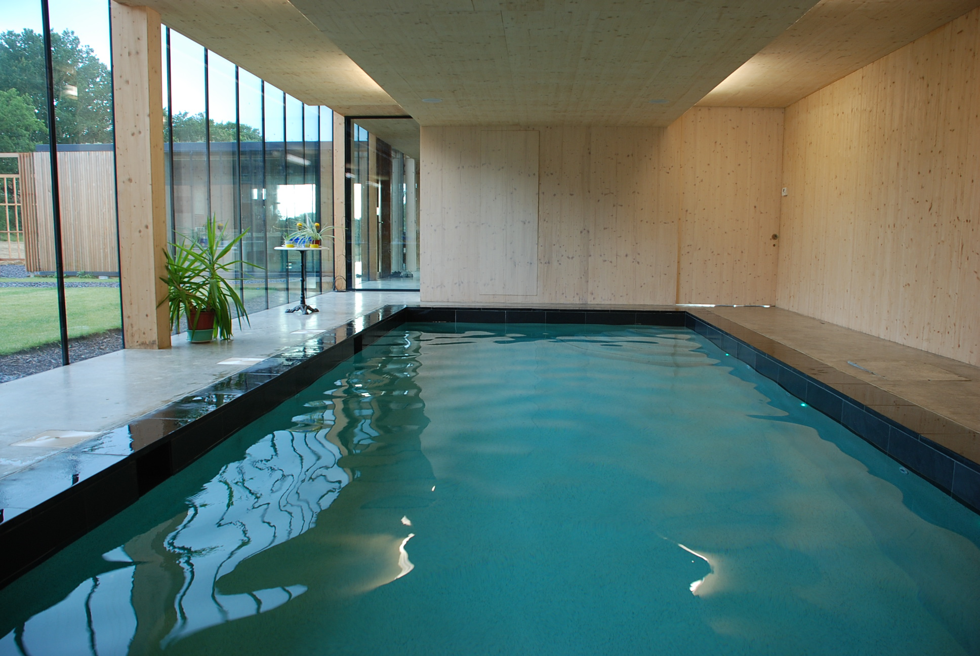 swimming pool installation price