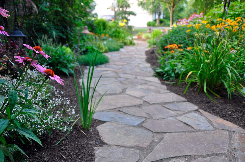 outdoor landscaping designs