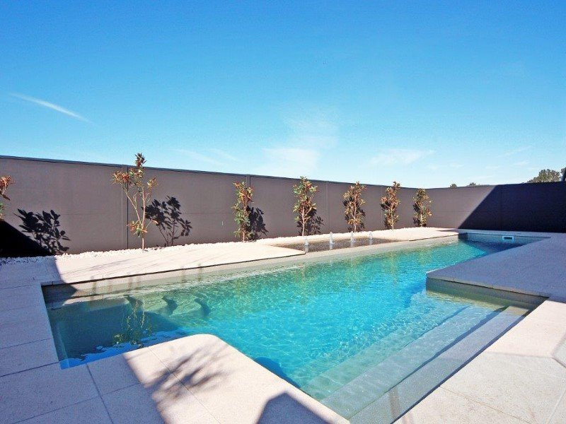above-ground-fibreglass-pools