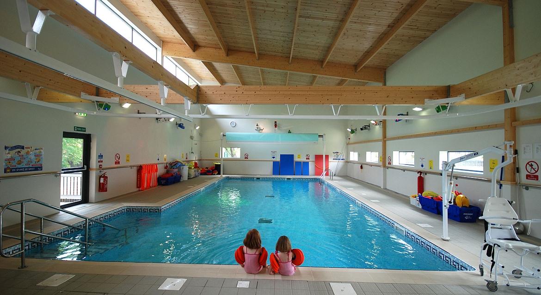 build-a-swimming-pool-uk