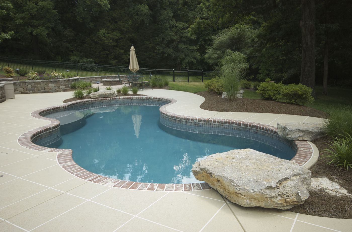 cost-to-build-an-inground-pool