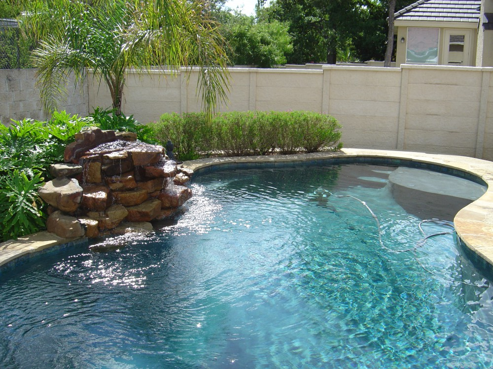 how-to-build-your-own-pool-step-by-step