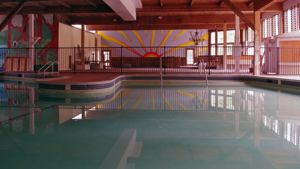 pool-led