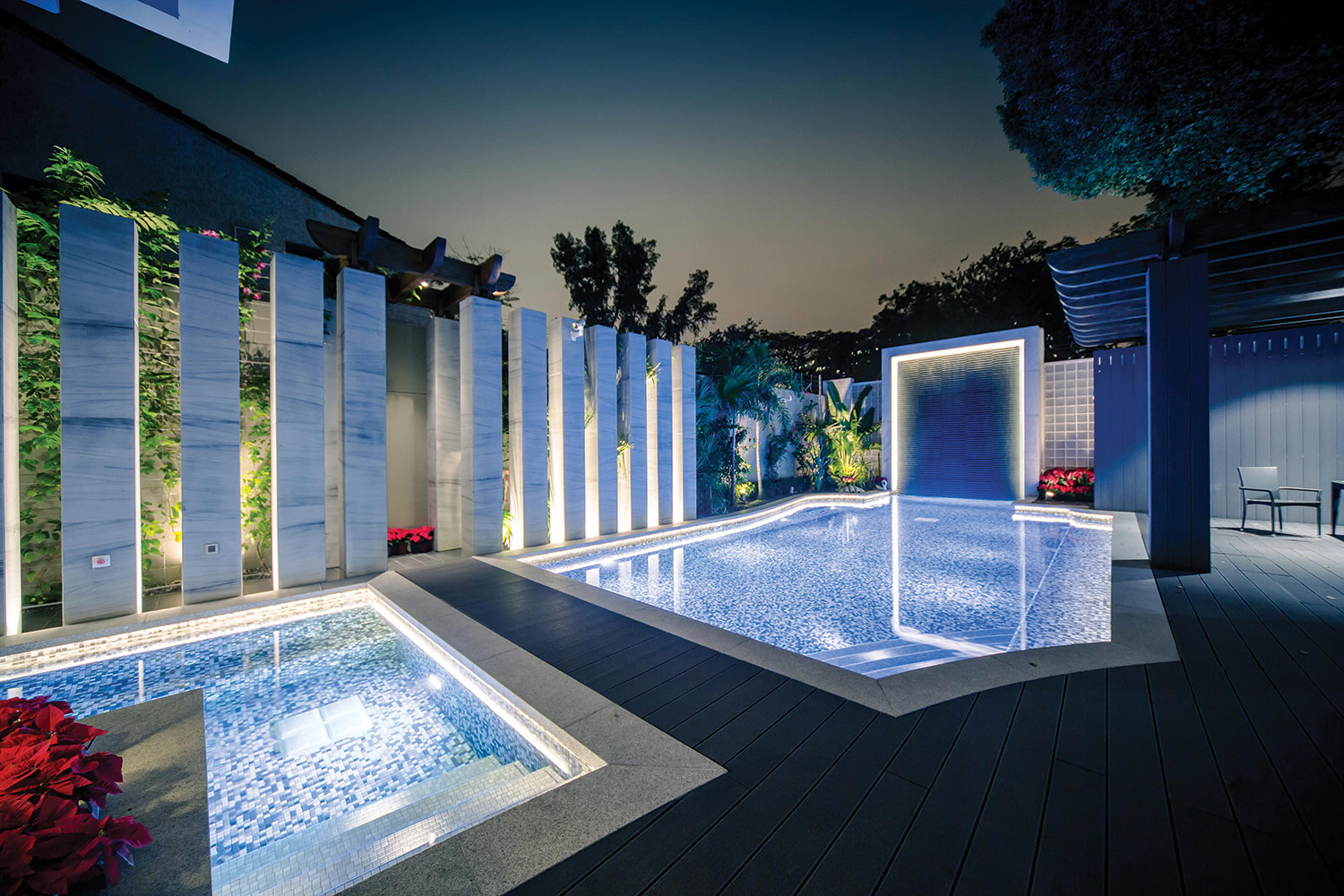 underwater-light-pool